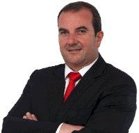 Carlos Teles satisfeito com obras concluídas na Calheta